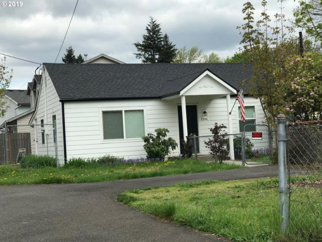 2344 SE 152ND Ave, Portland, OR 97233 (MLS #19384007) :: Townsend Jarvis Group Real Estate
