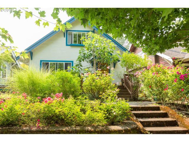 3216 SE Brooklyn St, Portland, OR 97202 (MLS #19384165) :: TLK Group Properties