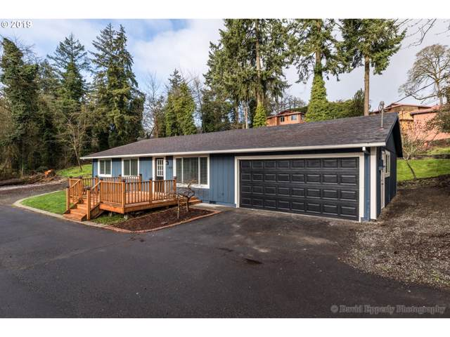 164 N 9TH St, St. Helens, OR 97051 (MLS #19385329) :: Change Realty