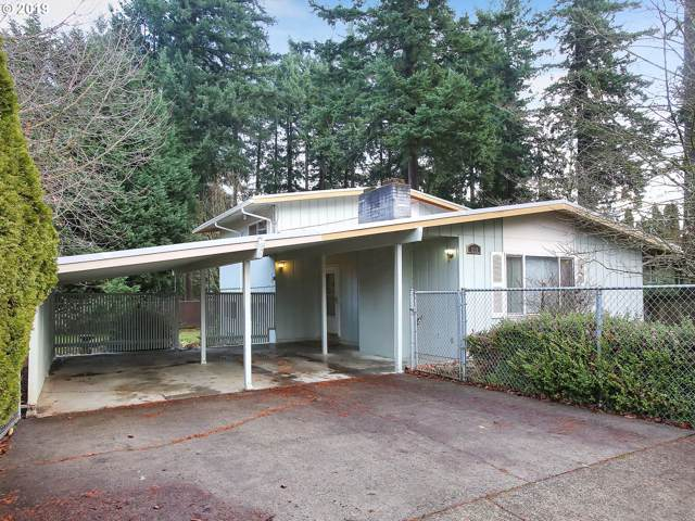 610 NE 172ND Ave, Portland, OR 97230 (MLS #19386014) :: Premiere Property Group LLC