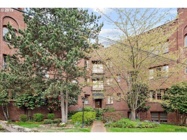 2533 NW Marshall St #302, Portland, OR 97210 (MLS #19387062) :: The Sadle Home Selling Team