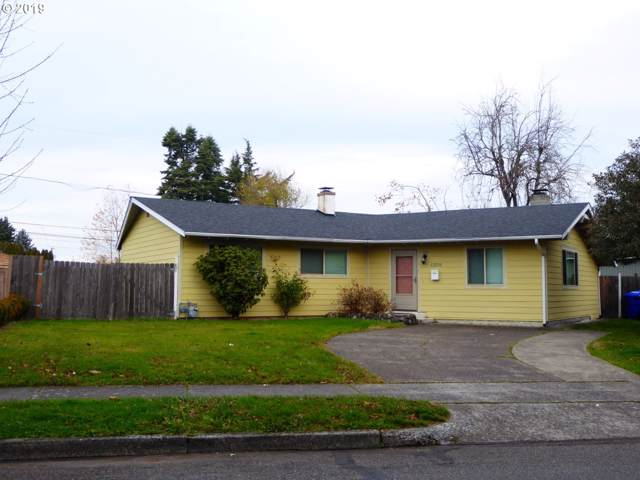 12231 NE Russell St, Portland, OR 97230 (MLS #19387260) :: Homehelper Consultants