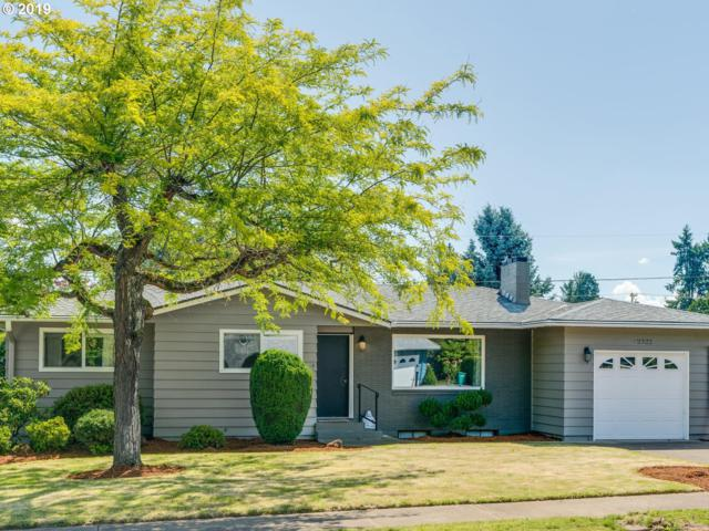 2322 NE 131ST Ave, Portland, OR 97230 (MLS #19388741) :: Next Home Realty Connection