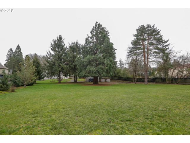 12645 Boones Ferry Rd, Lake Oswego, OR 97035 (MLS #19391625) :: McKillion Real Estate Group