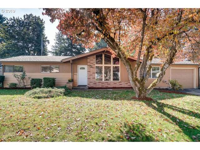 16720 SE Tibbetts St, Portland, OR 97236 (MLS #19394387) :: Next Home Realty Connection