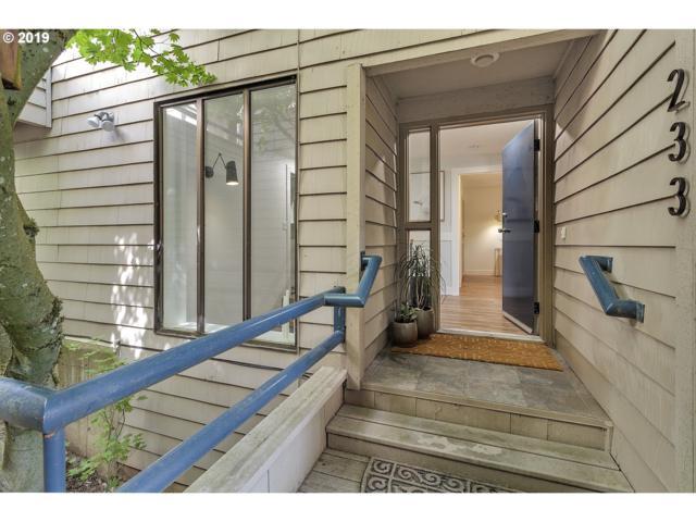 233 Cervantes, Lake Oswego, OR 97035 (MLS #19395322) :: Matin Real Estate Group