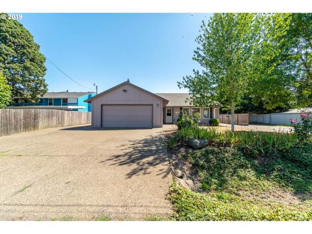 3140 Oakwood Ave, Albany, OR 97322 (MLS #19396196) :: Song Real Estate