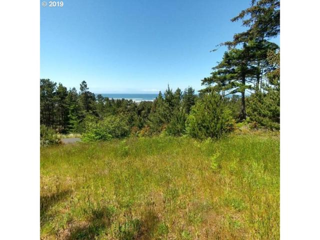 4 NW Lotus Lake Dr, Waldport, OR 97394 (MLS #19396518) :: Townsend Jarvis Group Real Estate