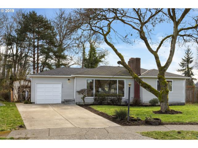 1440 Manor Dr, Gladstone, OR 97027 (MLS #19397744) :: Change Realty