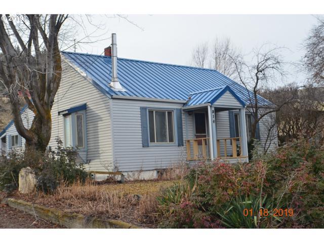 314 SE Hillcrest Dr, John Day, OR 97845 (MLS #19399310) :: Song Real Estate