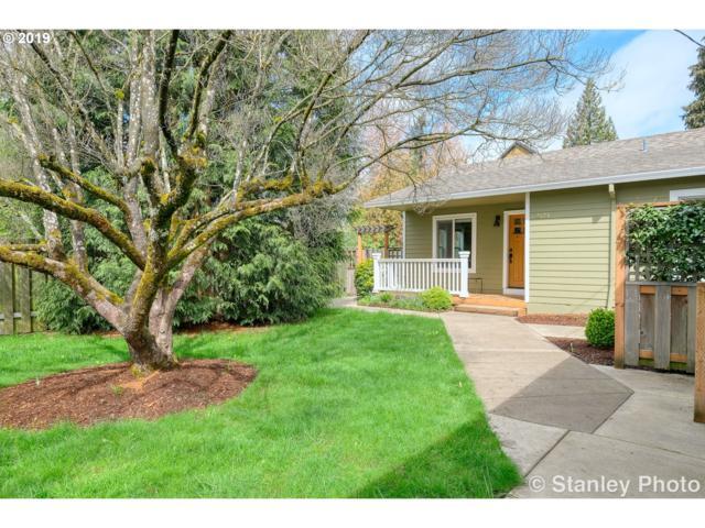 2123 SE Umatilla St, Portland, OR 97202 (MLS #19399433) :: The Galand Haas Real Estate Team