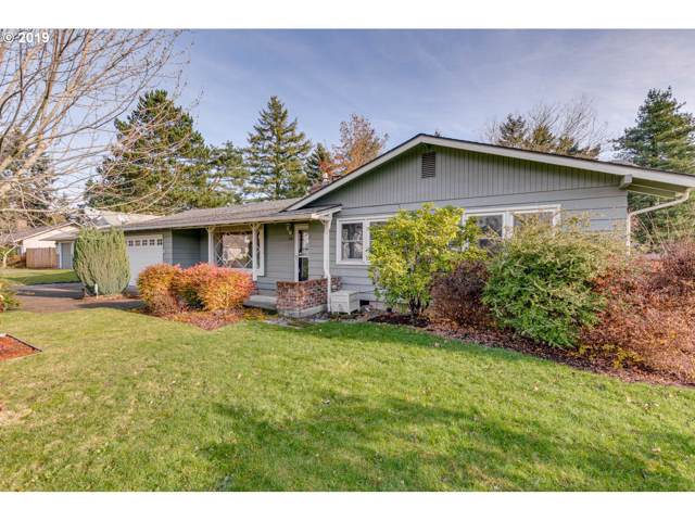 40 NE 139TH Ave, Portland, OR 97230 (MLS #19401386) :: Homehelper Consultants