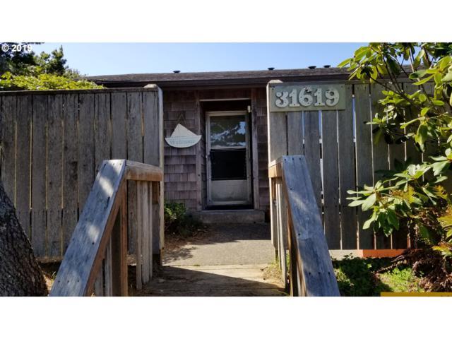 31619 G St, Ocean Park, WA 98640 (MLS #19402127) :: Song Real Estate