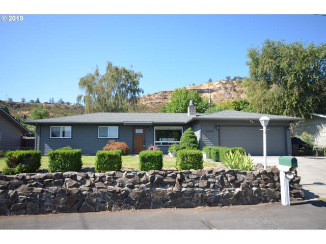 2330 W 13TH St, The Dalles, OR 97058 (MLS #19405875) :: McKillion Real Estate Group