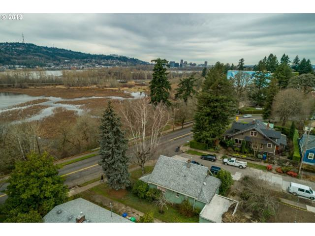 7104 SE 13TH Ave, Portland, OR 97202 (MLS #19408128) :: Fox Real Estate Group