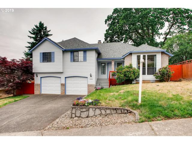 12565 SE 132ND Ave, Happy Valley, OR 97086 (MLS #19409251) :: McKillion Real Estate Group