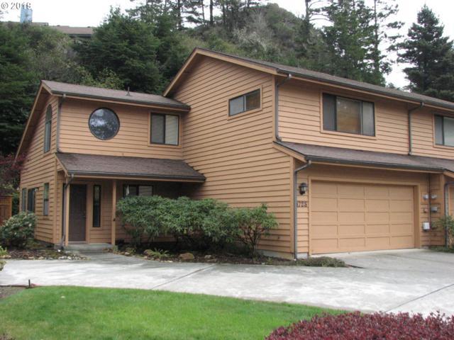 1728 Arch Ln, Brookings, OR 97415 (MLS #19411680) :: TK Real Estate Group