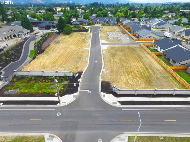 2116 Meadowood Dr, Eugene, OR 97408 (MLS #19414992) :: Duncan Real Estate Group