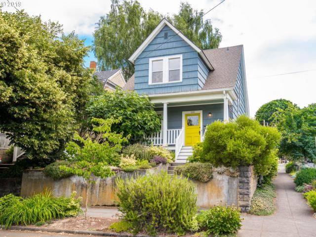 2836 SE 25TH Ave, Portland, OR 97202 (MLS #19415403) :: The Lynne Gately Team