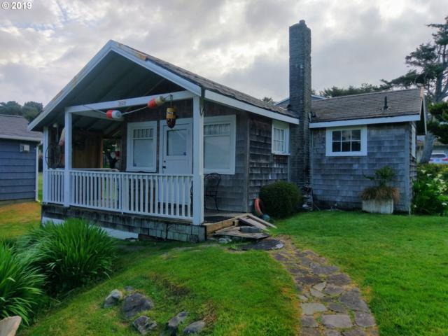 3426 NW Jetty Ave, Lincoln City, OR 97367 (MLS #19415775) :: Cano Real Estate