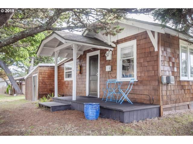 1012 SW 68TH St, Lincoln City, OR 97367 (MLS #19418524) :: Brantley Christianson Real Estate