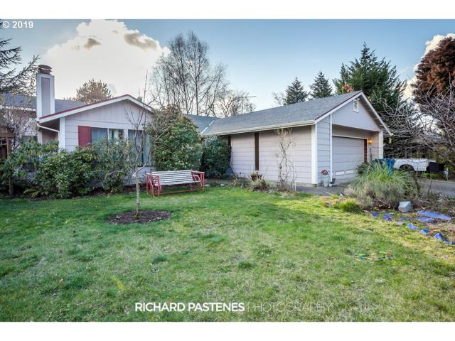 2316 B St, Hubbard, OR 97032 (MLS #19418749) :: Townsend Jarvis Group Real Estate
