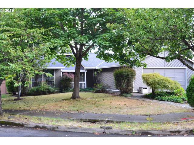 10395 SW Grant Ct, Tigard, OR 97223 (MLS #19419264) :: Fox Real Estate Group