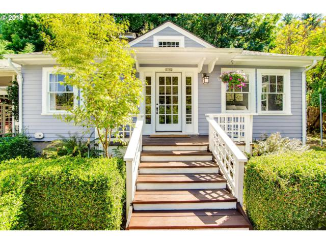 3142 SW Spring Garden St, Portland, OR 97219 (MLS #19420462) :: The Galand Haas Real Estate Team