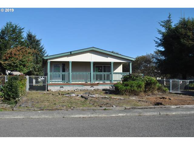 402 Smith Dr, Brookings, OR 97415 (MLS #19421703) :: Premiere Property Group LLC