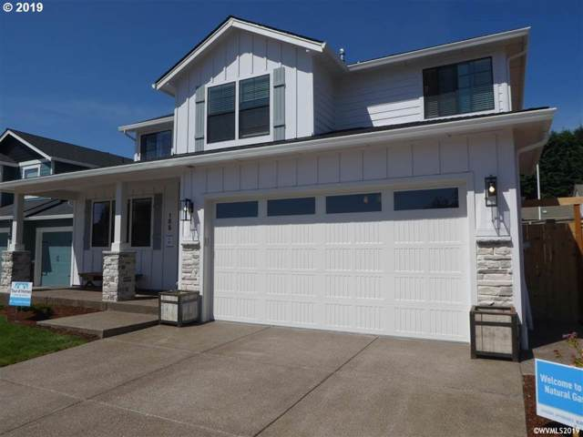 155 NW Beaver Ct, Dallas, OR 97338 (MLS #19422769) :: Gustavo Group