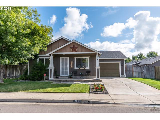 1921 S 57TH Pl, Springfield, OR 97478 (MLS #19426785) :: The Galand Haas Real Estate Team