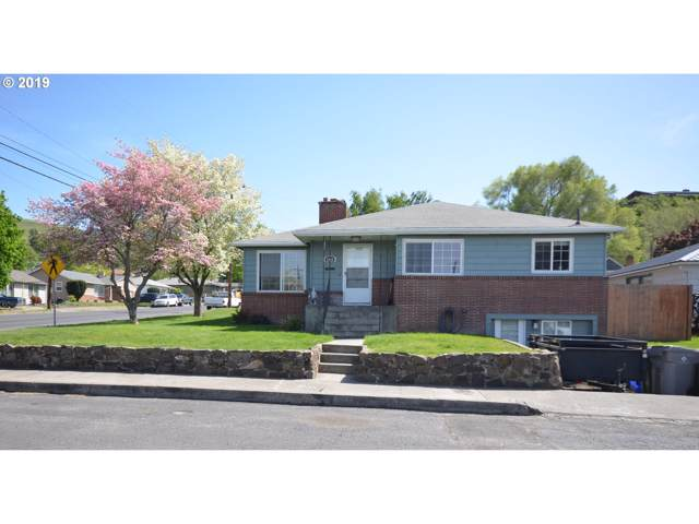 1628 E 13TH St, The Dalles, OR 97058 (MLS #19426848) :: Townsend Jarvis Group Real Estate
