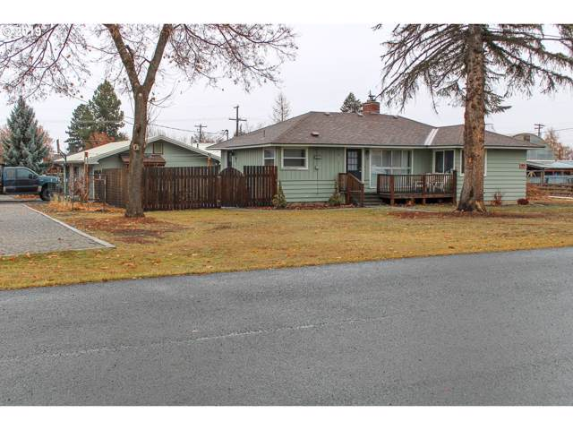 200 N Lake St, Joseph, OR 97846 (MLS #19427609) :: Song Real Estate