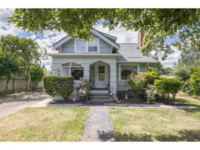 3733 SE 73RD Ave, Portland, OR 97206 (MLS #19427874) :: The Lynne Gately Team