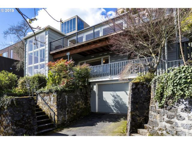 2519 SW Sheffield Ave, Portland, OR 97201 (MLS #19433073) :: McKillion Real Estate Group
