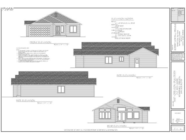 145 NE Stevenson Ct, Myrtle Creek, OR 97457 (MLS #19433794) :: Townsend Jarvis Group Real Estate
