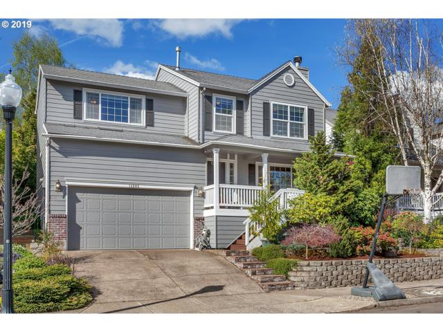 14905 SE Stanhope Rd, Clackamas, OR 97015 (MLS #19434932) :: Matin Real Estate Group