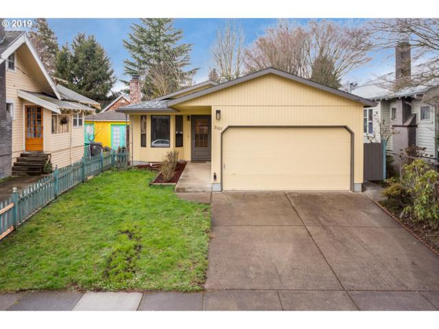 2607 SE 35TH Ave, Portland, OR 97202 (MLS #19435230) :: TLK Group Properties