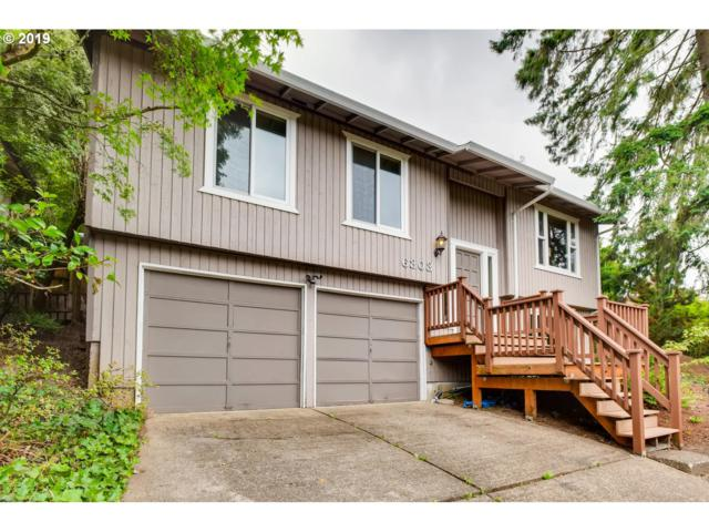 6303 SW 33RD Pl, Portland, OR 97239 (MLS #19436752) :: The Sadle Home Selling Team