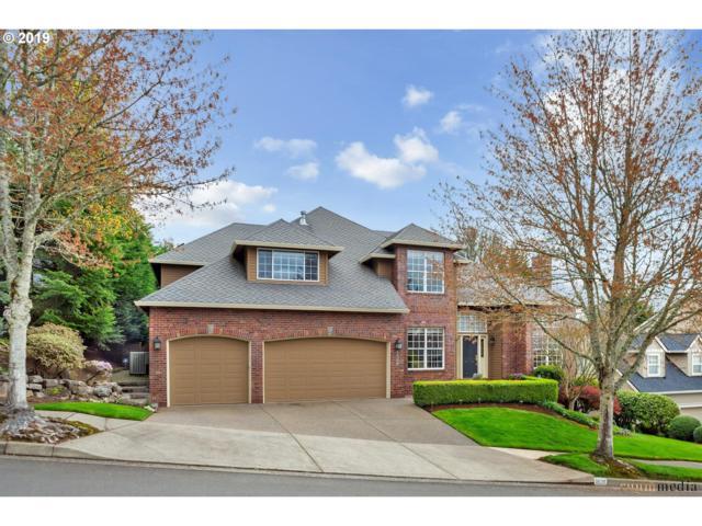 2520 Beacon Hill Dr, West Linn, OR 97068 (MLS #19437786) :: TLK Group Properties