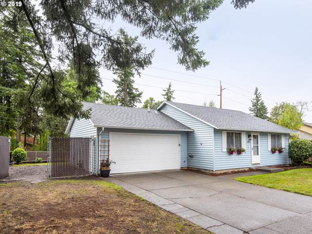 6526 SE Madrona Dr, Milwaukie, OR 97222 (MLS #19440303) :: The Liu Group