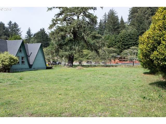 Hendry, Brookings, OR 97415 (MLS #19440720) :: McKillion Real Estate Group