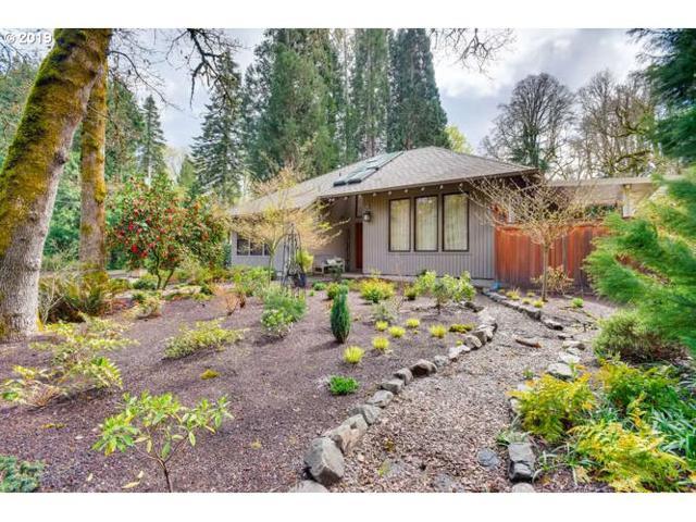 3740 Ridgewood Way, West Linn, OR 97068 (MLS #19441270) :: McKillion Real Estate Group