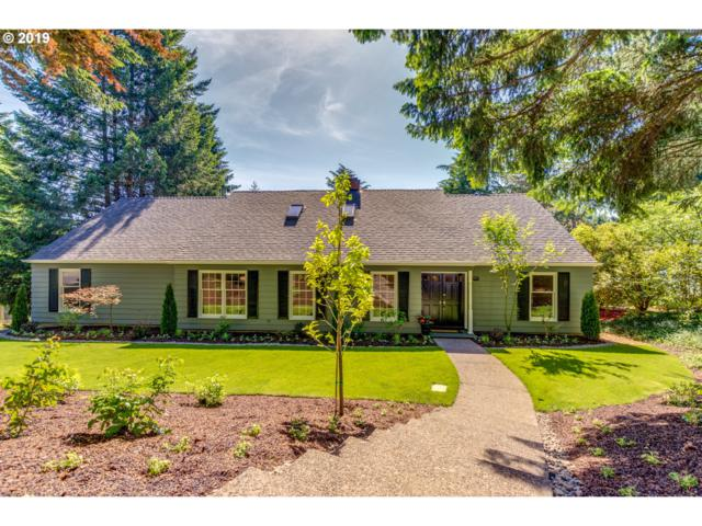 17797 Overlook Cir, Lake Oswego, OR 97034 (MLS #19441571) :: Change Realty