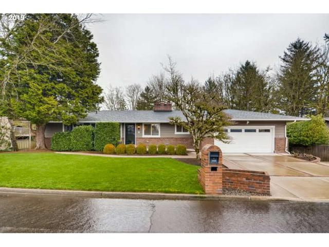2380 SW Garden View Ave, Portland, OR 97225 (MLS #19444205) :: Change Realty