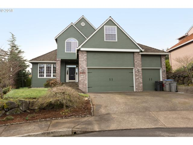 13973 SW Aerie Dr, Tigard, OR 97223 (MLS #19444511) :: Gregory Home Team | Keller Williams Realty Mid-Willamette