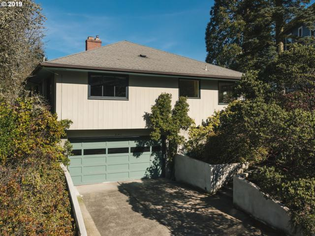 2141 SW Elm St, Portland, OR 97201 (MLS #19451445) :: The Galand Haas Real Estate Team