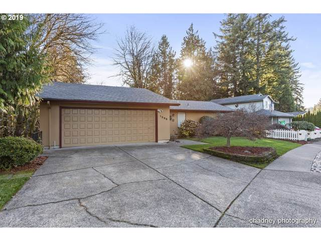 1598 NW 14TH Dr, Gresham, OR 97030 (MLS #19453814) :: Team Zebrowski