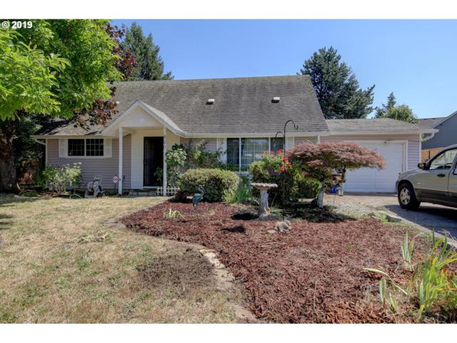 820 SW 15TH St, Troutdale, OR 97060 (MLS #19455873) :: Change Realty
