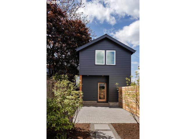 6537 NE 6TH Ave B, Portland, OR 97211 (MLS #19456447) :: TLK Group Properties
